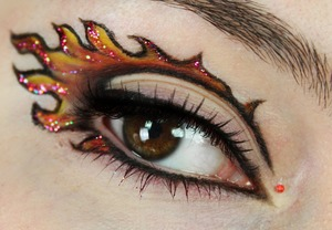 Inspired by Katniss Everdeen. My makeup tutorial on this look: http://www.youtube.com/watch?v=BuFphCh1VOE