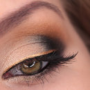 With Gold Liner