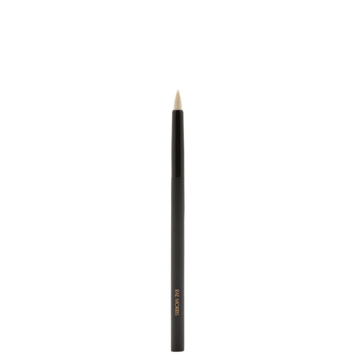 Rae Morris Jishaku Brush 7.6: Detail Crème Shader product swatch.