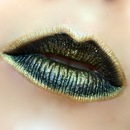 Blackened Gold Kiss