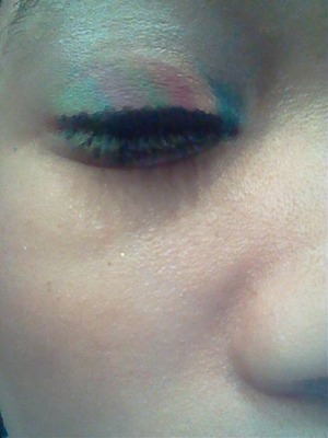 I use bh cosmetics 2 edition to do this look.