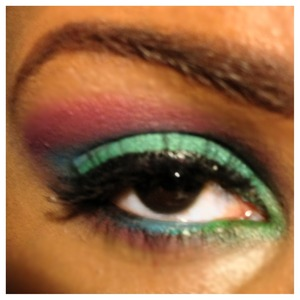 Love this colorful look.
