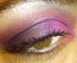 In Your Face!! http://makeupbyrachelbush.blogspot.com/2011/08/lotd17-in-yo-face.html
