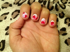 Have some cute nails for valentine's day, which is coming out pretty soon!