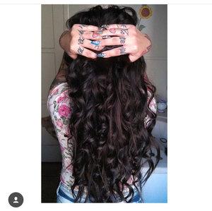 Wand curls n long hair