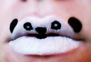 Panda bear wants a kiss! =)
