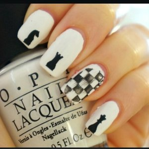 http://www.bellakulture.com/2014/12/mani-monday-checkmate-nails.html