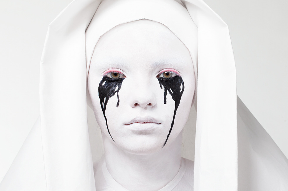Weeping Nun Makeup Tutorial