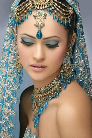 blue eyeshadow, pink glossy lip, bridal