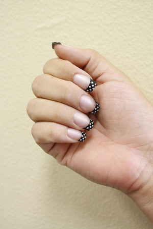 Easy To Apply- Glue On Nails