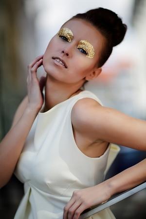 Model Karolina Gappa Photographer Krzysztof Winiarski Designer Ela Olszewska