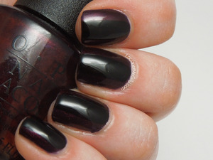 "Simple vampy mani using OPI ""Every Month Is Oktoberfest"" and adding a black stripe down the middle. Full blog post can be found at: http://www.lacquermesilly.com/2013/06/03/getting-my-vamp-on/"