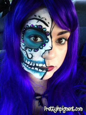 This is the look I wore for Halloween this year and to welcome the Dia De Los Muertos Holiday!