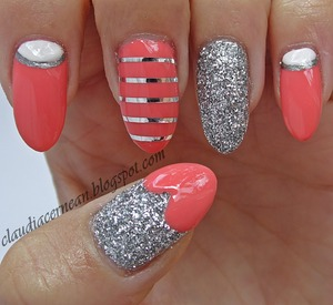Tutorial on : http://claudiacernean.blogspot.ro/2013/06/unghii-coral-coral-nails_5.html
