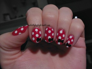 The third Minnie Mouse inspired mani I've done, that little mouse just gives me so many ideas!