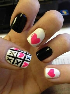 cute nail art of xoxoxo must try!!!