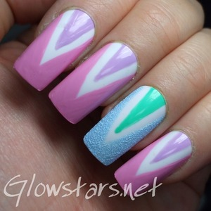 For more nail art, pics of this mani and products used visit http://Glowstars.net