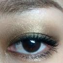 One of my go-to smokey eyes.