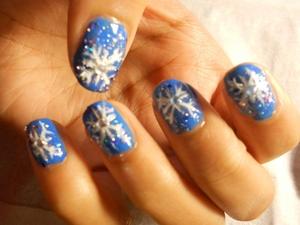 Snowflake Winter Nails My Blog: www.SuperBeautyGuru.tk
