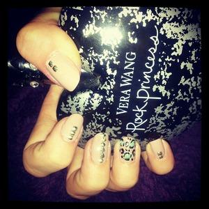Again i couldnt sleep so i did my nails :)