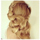 Stylish wedding hairstyle <3