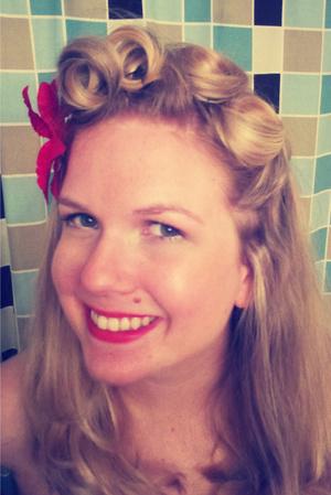 All hail pin curls!!!