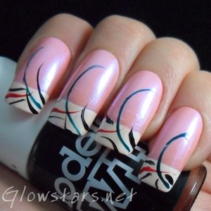 To find out more about this mani visit http://glowstars.net/lacquer-obsession/2012/10/striped-french
