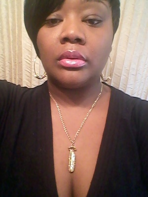 The necklace is from beautyonblast101.com. this piece is called three peas in a pod.