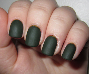 http://zoendout.blogspot.com/2012/12/green-and-gold-ruffian.html