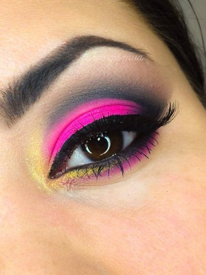 Visit www.artistofmakeup.com to check the beautiful variety of makeup.