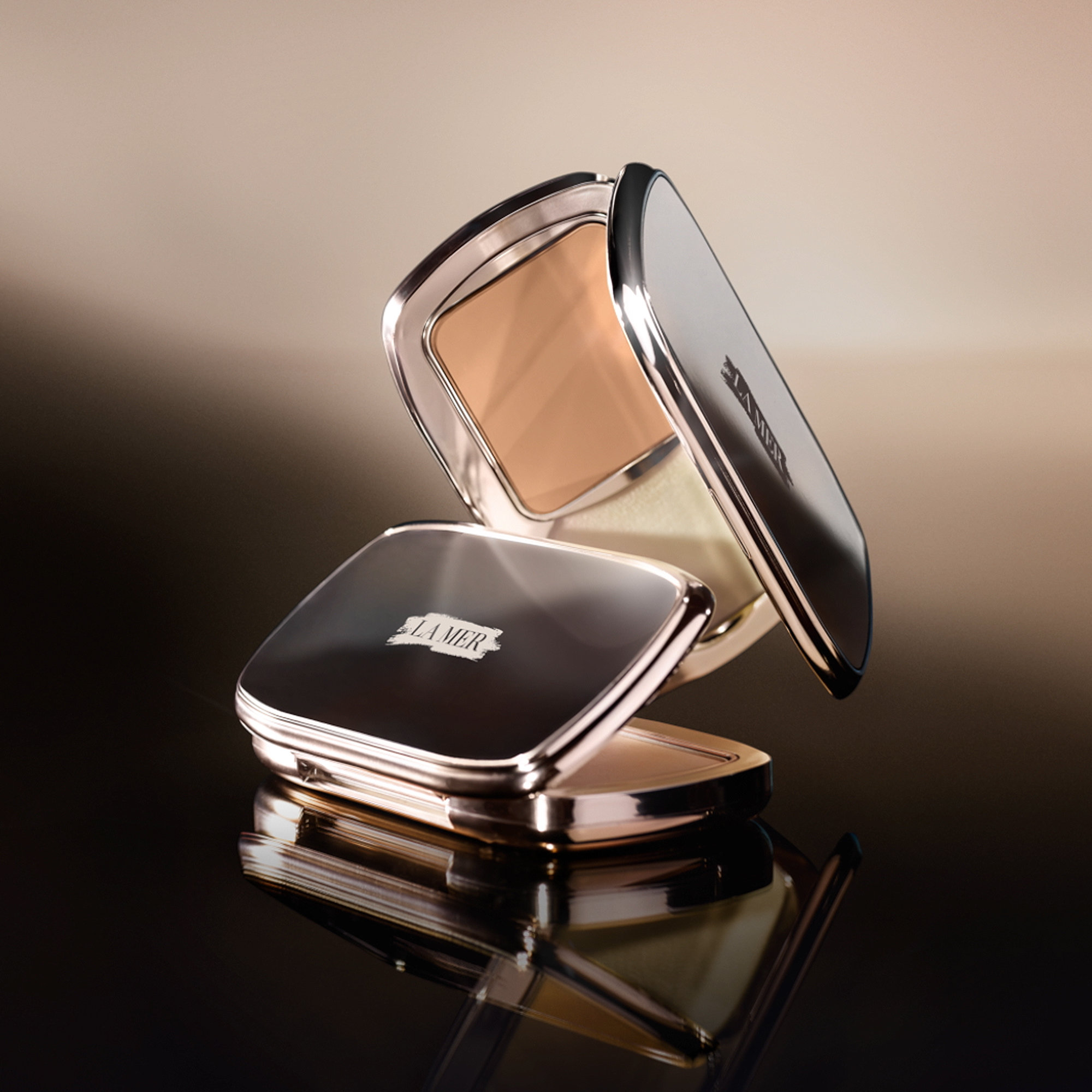Alternate product image for The Soft Moisture Powder Foundation SPF 30 shown with the description.