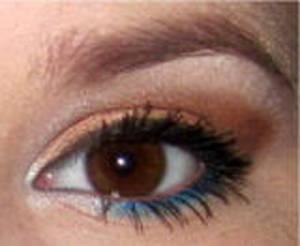 Soft Gold Smoky Eye