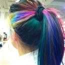 Love my rainbow hair 💃🌈
