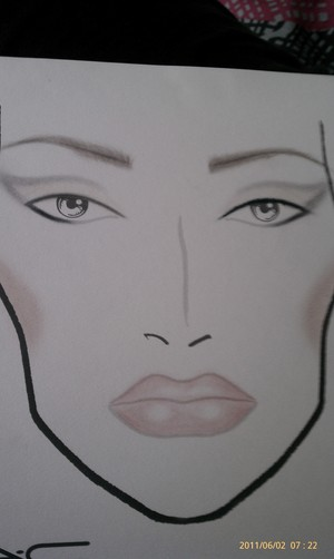 Just a fun look we were playing with. Inspired by Gwen's look on the cover of Vogue last year...