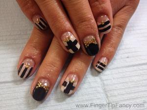 DETAILS BELOW  http://fingertipfancy.com/black-gold-nude-nails/#comment-40