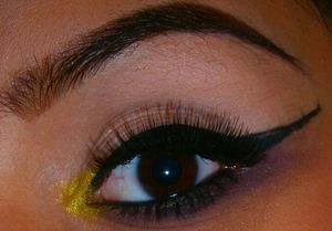 http://smokincolour.blogspot.com/2012/12/upside-down-brown-smokey-eye.html