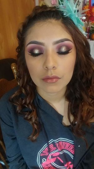 Halo Eye and makeup for Quince