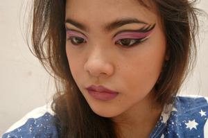 I forgot to put mascara again. :(