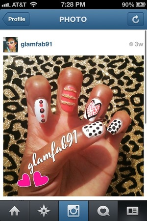 Had some fun with a little nail caviar (view middle finger) DIY -polka dots/heart/nail caviar