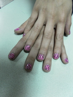 lovely model, izzy, sporting pink zebra