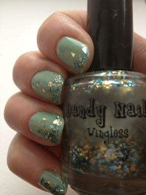 The wingless was a gift from Dandy Nails i layered it over W7 Peppermint