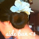 Cute side bun^.^
