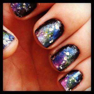 My first attempt at galaxy nails.. Xoxo