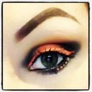 Neon Orange Winged and Dotted Liner