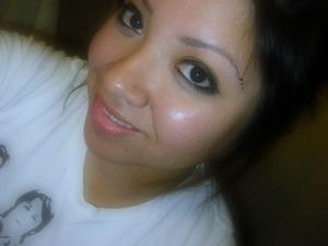 Just fixed my eyebrows & im loving them!!