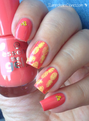 http://stampoholicsdiaries.com/2015/05/14/pineapple-nails-with-essence-mundo-de-unas-and-mj/