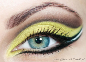 Make-up (4)