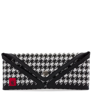 Sonia G. The Houndstooth Brush Envelope