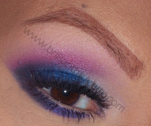 http://www.abrilliantbrunette.com/2012/03/bright-and-smokey-wet-n-wild-eyes-new.html