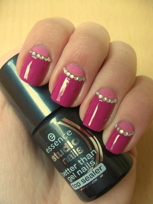 http://arvonka-nails.blogspot.com/2012/04/half-moon-manicure.html